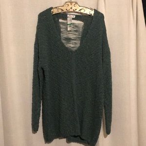 Skylar and Jade oversize sweater w/peekaboo back